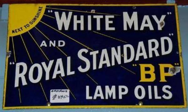 BP White May and Royal Standard Lamp Oils ---SA45