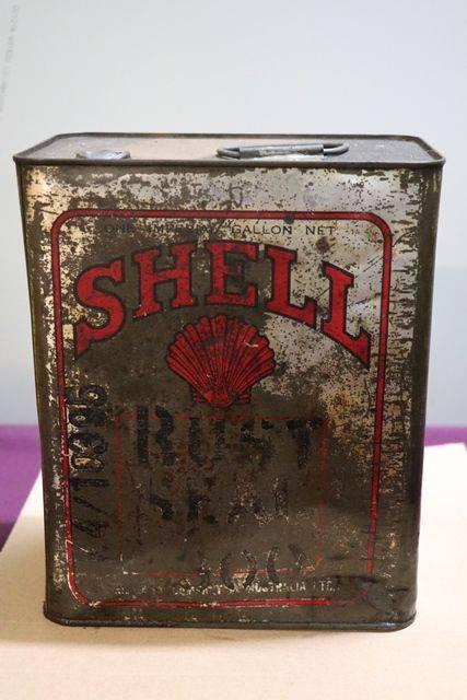 Australian Shell One Gallon Motor Oil Tin