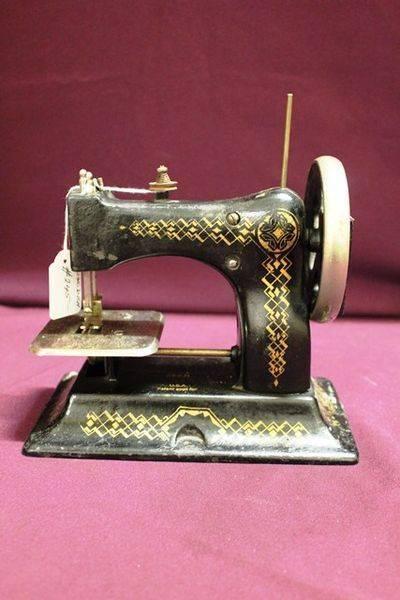 Victorian Cast DRGM Sewing Machine