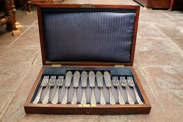 12 Piece Boxed Late 19th Fish Knives + Forks
