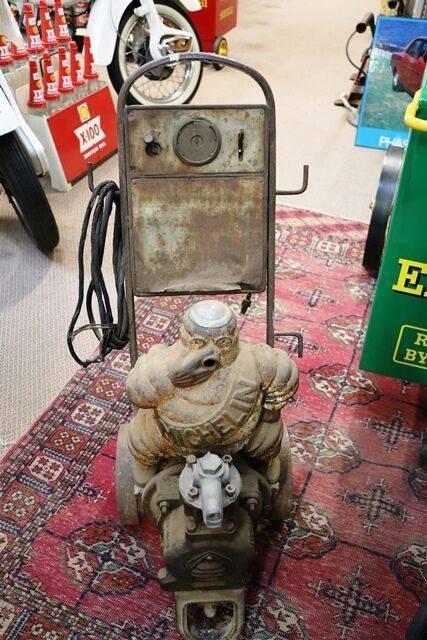Vintage Michelin Bibendom Trolley Compressor