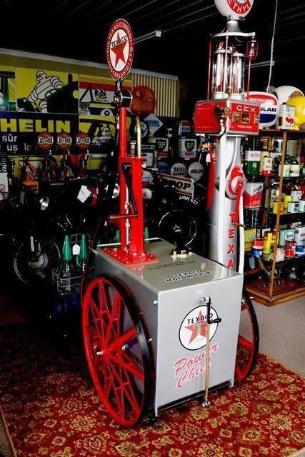 1913 TOKHEIM andquot15andquotPortable Petrol Pump Cart