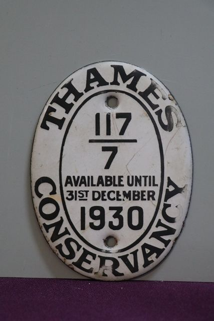 1930 Thames Conservancy Boat Licence Oval Enamel Plaque