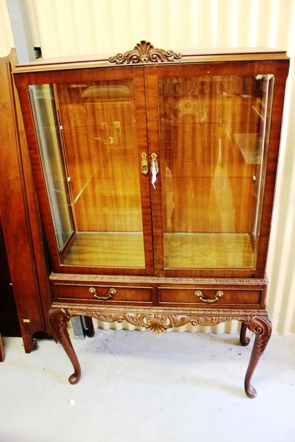 1950s Mahogany 2 Door Display Cabinet