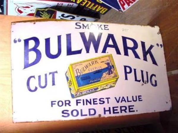 SMOKE BULWARK ENAMEL SIGN ---ST83