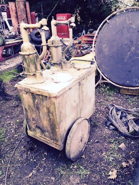 ARRIVING SOON Texaco 2 Pump Oil Cart