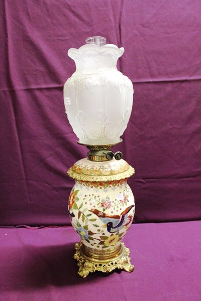 A Quality Hand Decorated Porcelain Double Burner Oil Lamp C190020