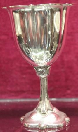 A Quality Nineteenth Century Silver Plate 6cup Egg Cruet c1885