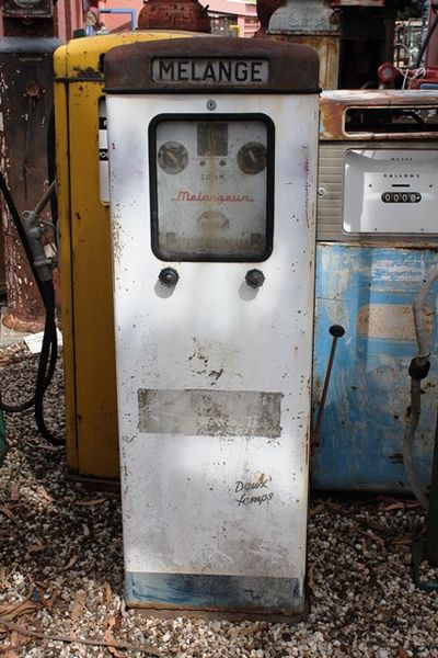 A Satam Electric Petrol Pump for Restoration