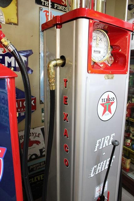 A Well Restored Art Deco GEX Petrol Pump In Texaco Livery