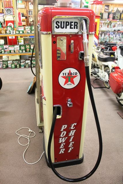 A Well Restored Themis Electric Petrol Pump In Texaco Livery