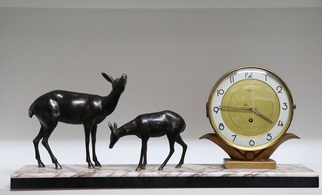 Art Deco Clock With 2 Spelter Deer On A Marble Base