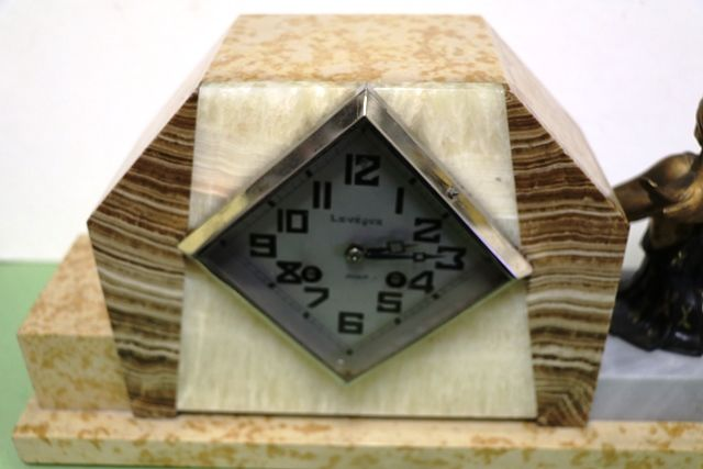 Art Deco Marble Mantle Clock