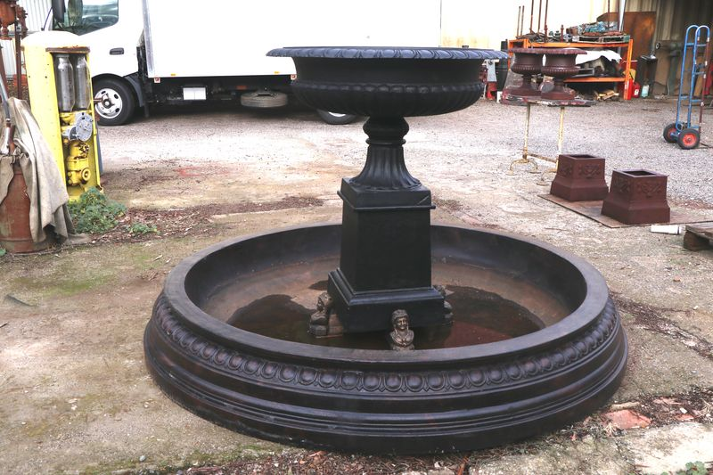 Cast Iron Toulouse Urn Fountain and 23mt Pond