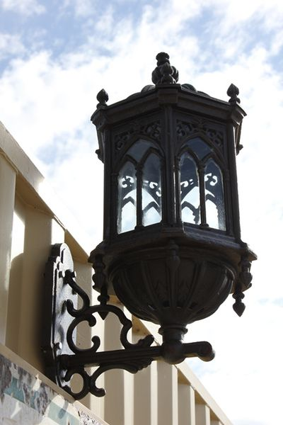 Cast Iron Wallmounted Garden Lights