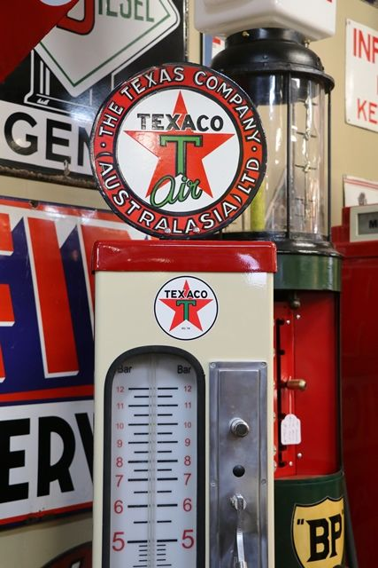 Chemico Restored Retro Air Tower In Texaco Livery
