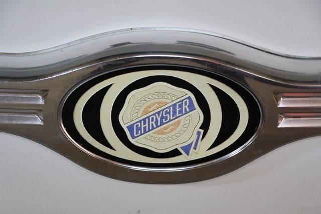 Chrysler Advertising Lightbox