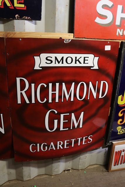 Classic Smoke Richmond Gem mint  Enamel Sign