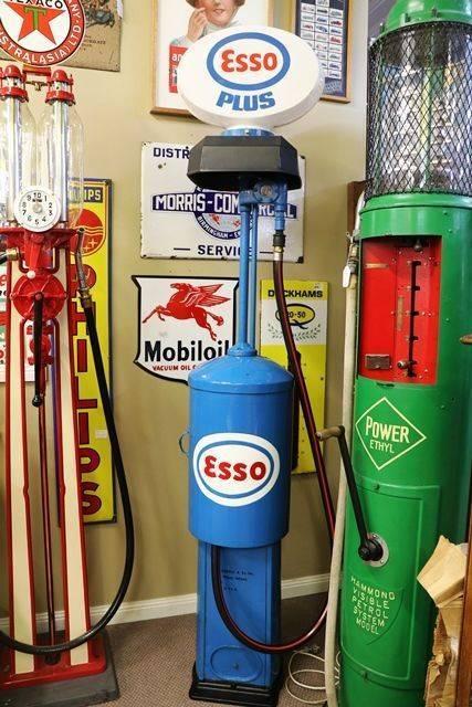 Early Bowser Red Sentury Manual Petrol Pump
