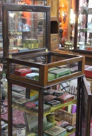 Edwardian Mahogany Bijouterie Collectors Display Cabinet
