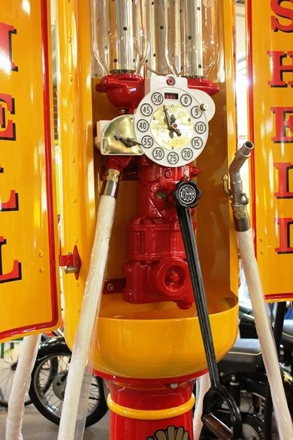 Extremely Rare Satam 4 Door Cabinet Petrol Pump