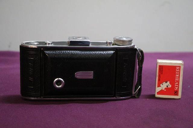 Ferrania Falco 11  Camera
