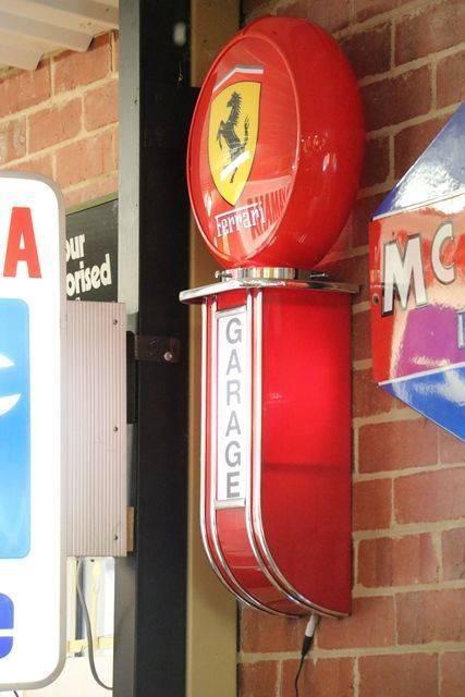 Ferrari Garage Lightbox