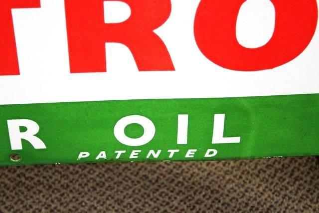 Genuine Castrol Enamel Front 12 Bottle Oil Rack