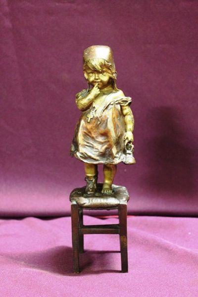 Genuine Juan Clara Bronze Figure Little Girl Missing Shoe Signed And Foundry Marked