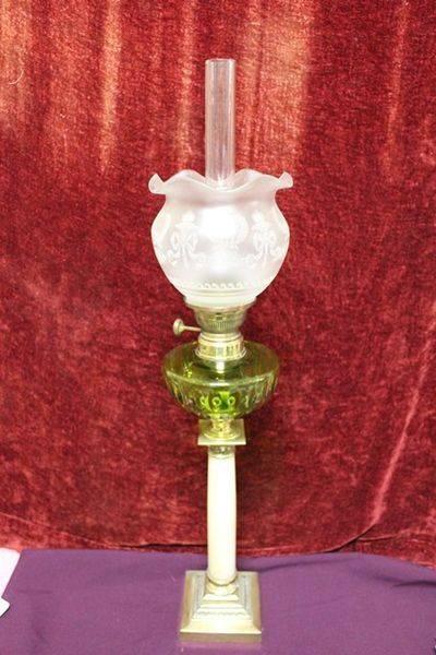 Late 19th Century Single Burner Frech Oil Lamp