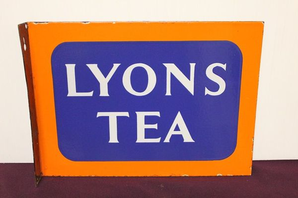 Lyons Tea Post Mount
