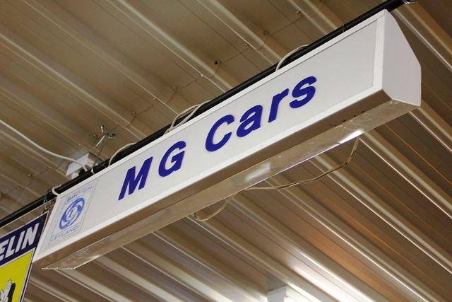 MG Car Care Lightbox