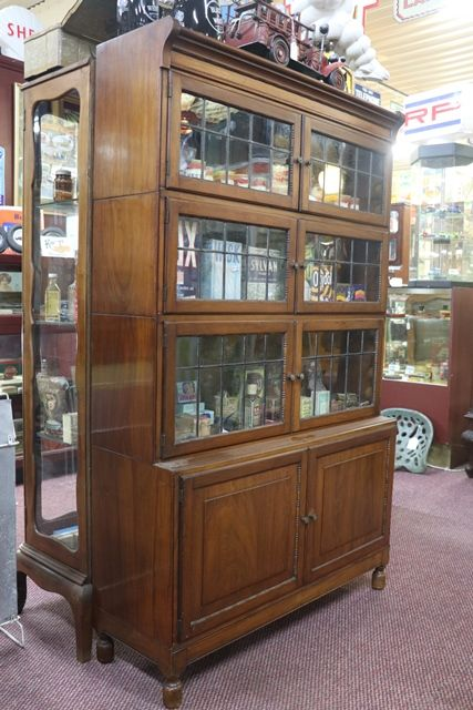 Minty Oxford Globe Bookcase In Original Condition