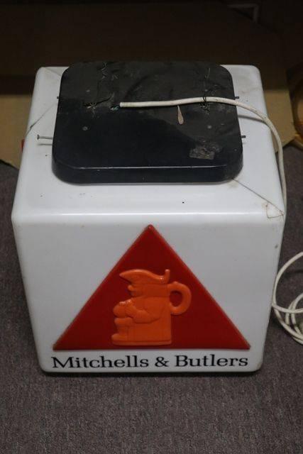 Mitchells and Butlers Pub Light Box