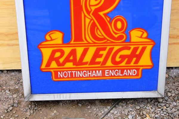 Raleigh Double Sided Lightbox