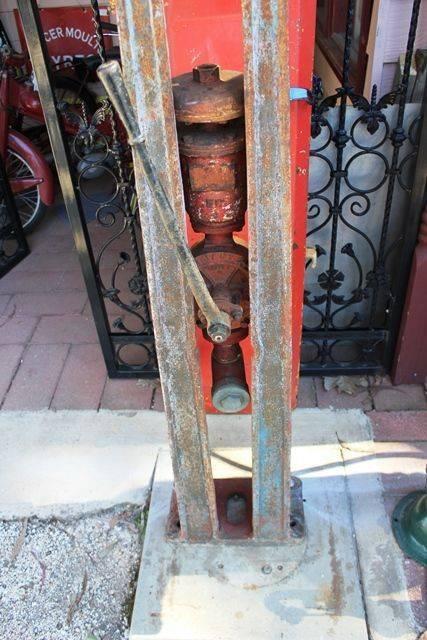 Satam Eiffel Tower Petrol ump For Restoration