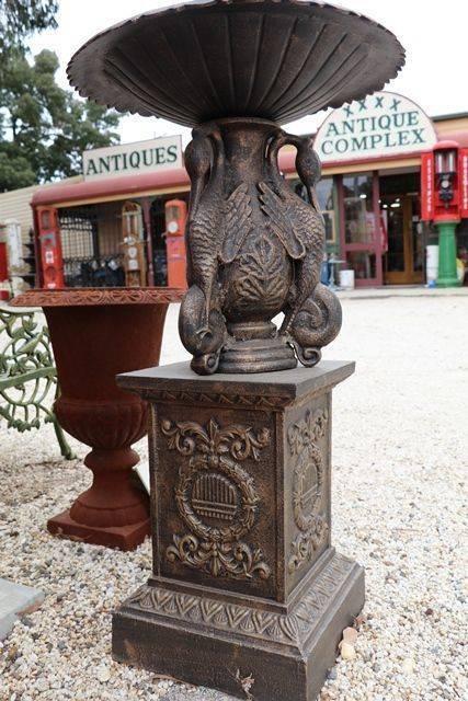 Small Cast Iron Ibis 2 Tier Fountain