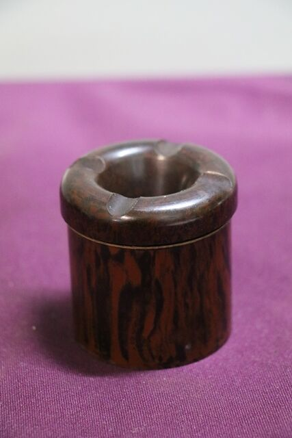 Small Vintage Bakelite Ash tray