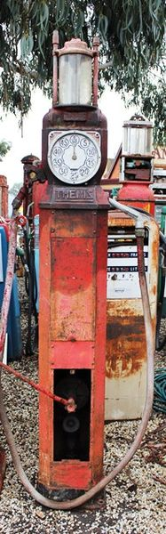Themis Single Cylinder Manual Petrol Pump For Restoration