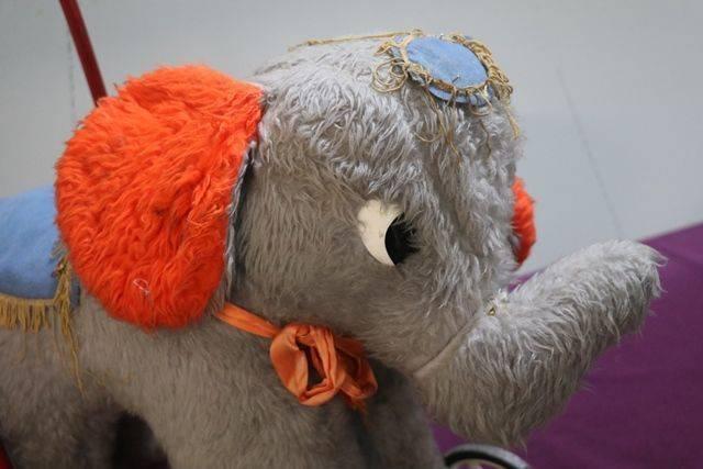 Vintage Elephant Push Toys