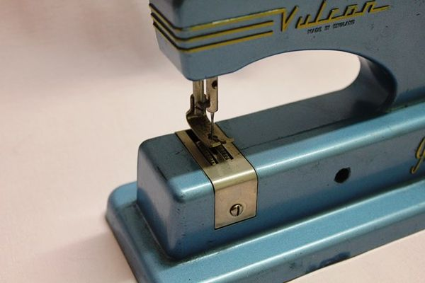 Vulcan Junior Sewing Machine