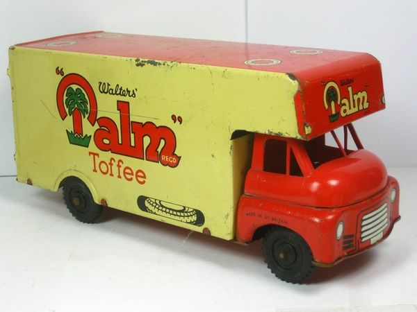 Walters Palm Toffee Tin Truck