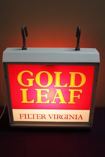 Wills Gold Leaf Filter Virginia Light Box