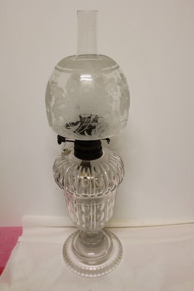 Wonderful Early C20th Cut Glass Oil Lamp