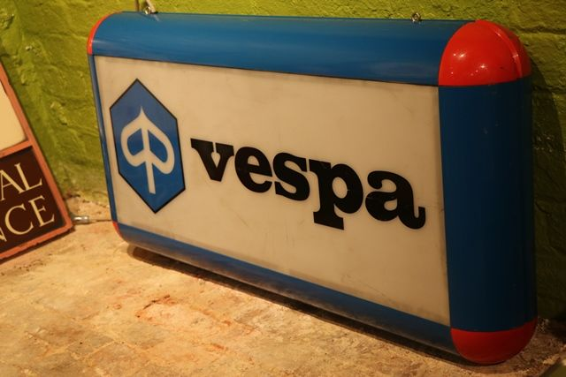 Piaggio Vespa Advertising Double Sided Light Box