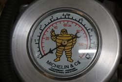 Michelin Portable Bomb Compressor