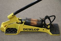 Dunlop Minor Air Pump Compressor