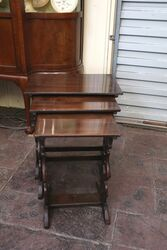 A Lovely Early C20th Oak Nest of 3 Tables