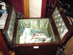 EARLY 20th CENTURY SEWING BOX ---SEW29
