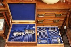 62 Piece Canteen Of Cutlery